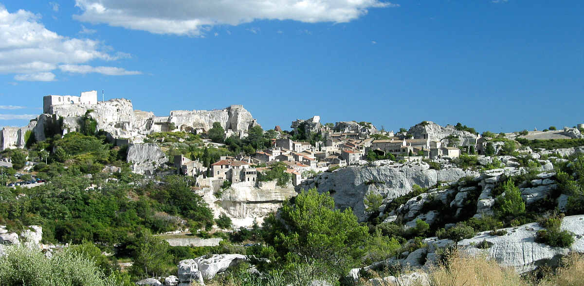 France_Les_Baux_from_West_2007