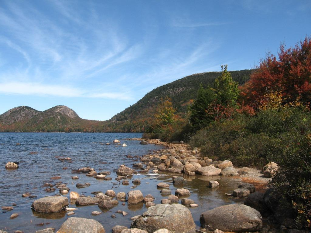Jordan_Pond,_Acadia_National_Park