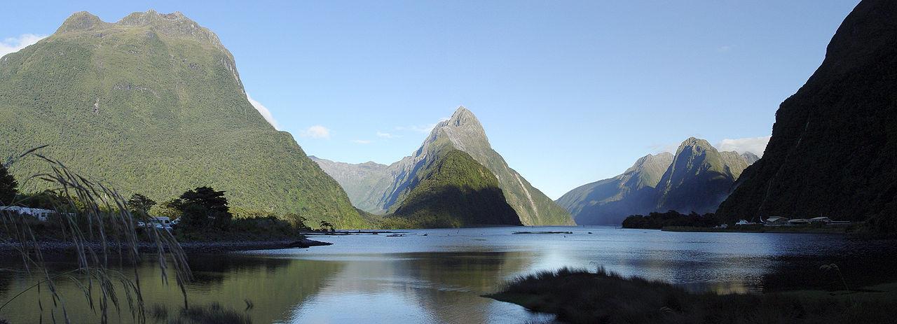 1280px-Milford_Sound_(New_Zealand)