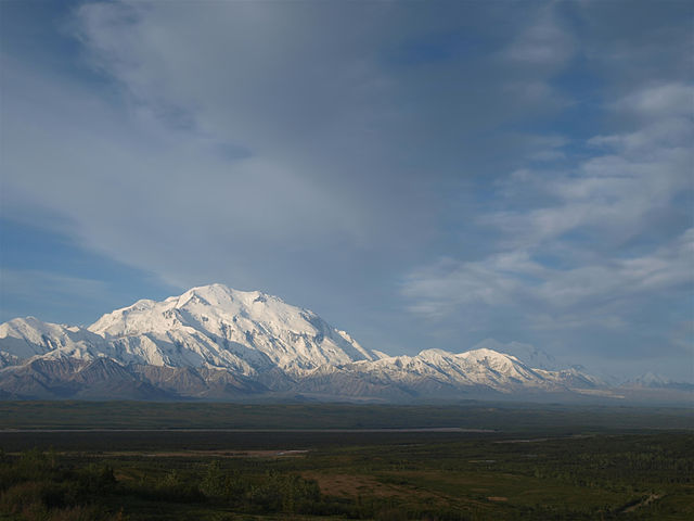 Denali_National_Park_and_Preserve_Wonder_Lake