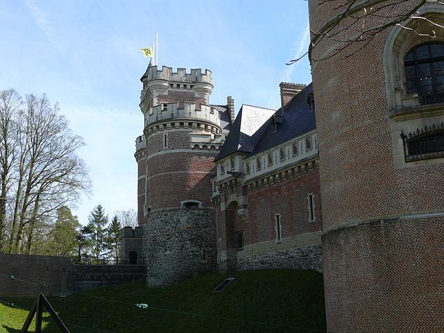 Flanders-Gaasbeek_castle_03