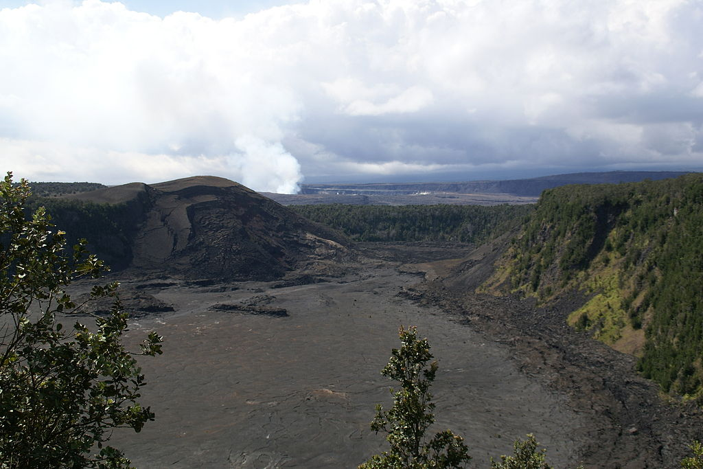 Iki_Halemaumau_Hawaii_Volcanoes_National_Park_Hawaii