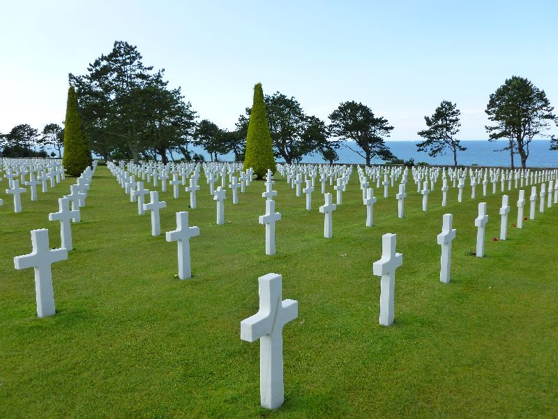 US-Cemetary-Normandy-France