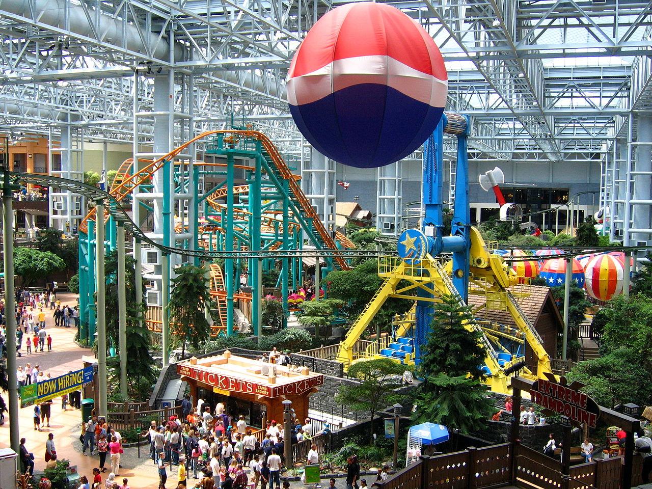 Mall of america bloomington minnesota tourist destinations 1280px mallofamerica jameslax Images