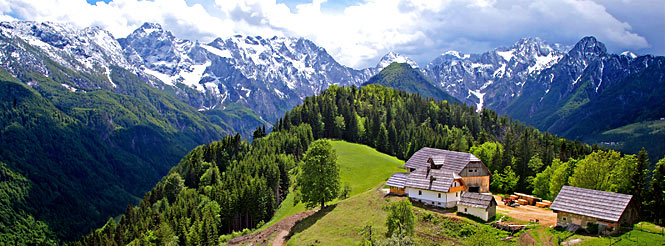 slovenia-dan-heller-mountain-scenic-view-6-pano