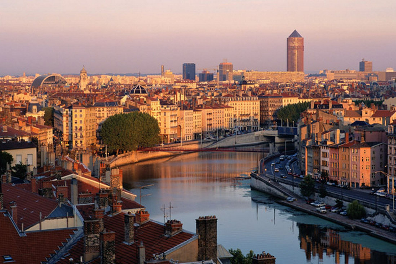 Learn French | Lyon, France | Languatics