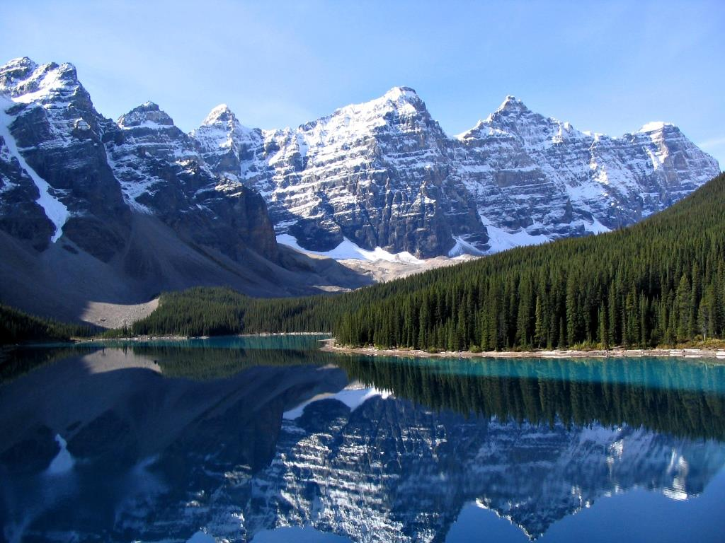 Moraine_Lake_The Rocky Mountains, Canada