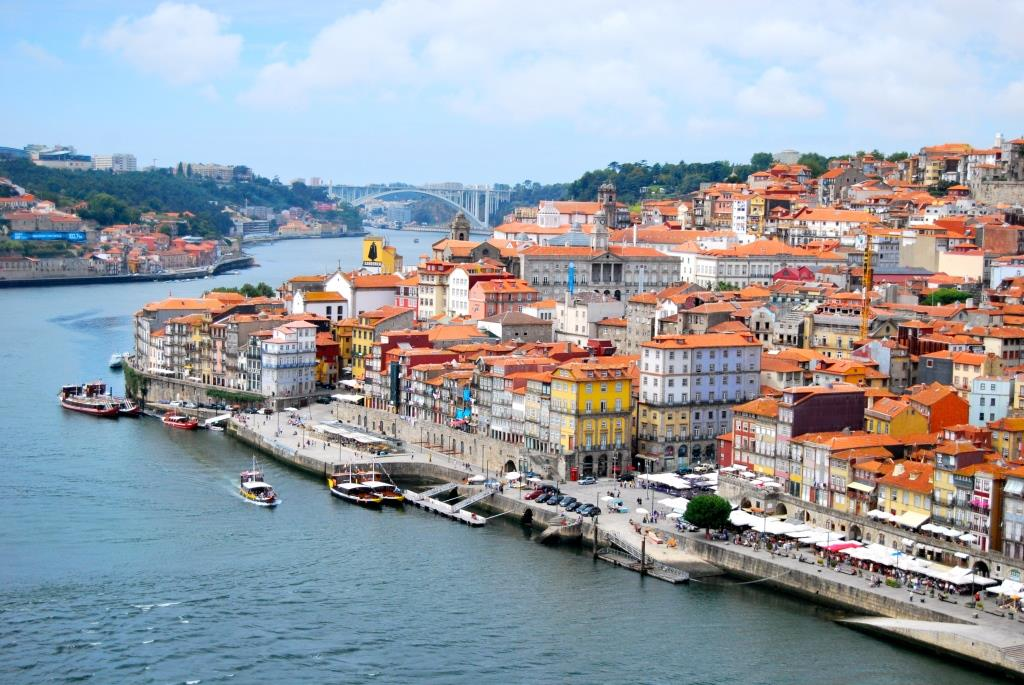O_Porto_(visto_da_Ponte_Dom_Luis_I)