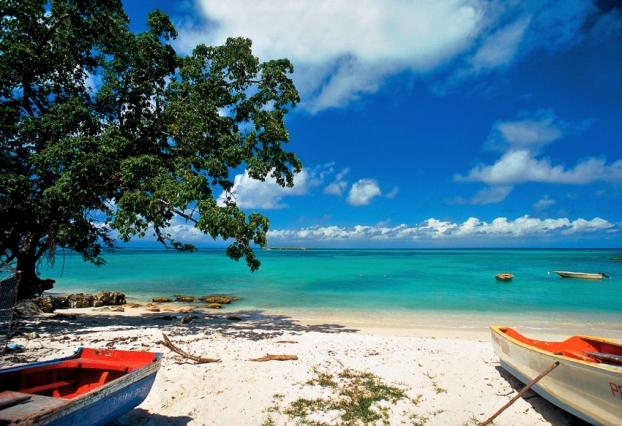 guadeloupe-plage-saint-beach