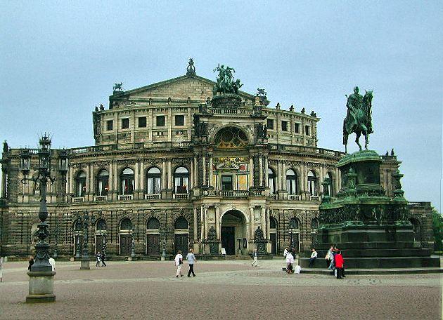 Dresden-Semper-Oper(1)