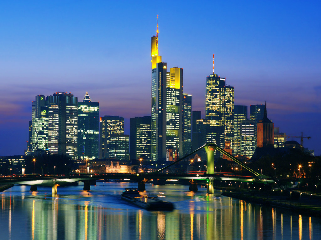 Skyline_at_Night_Frankfurt_Germany