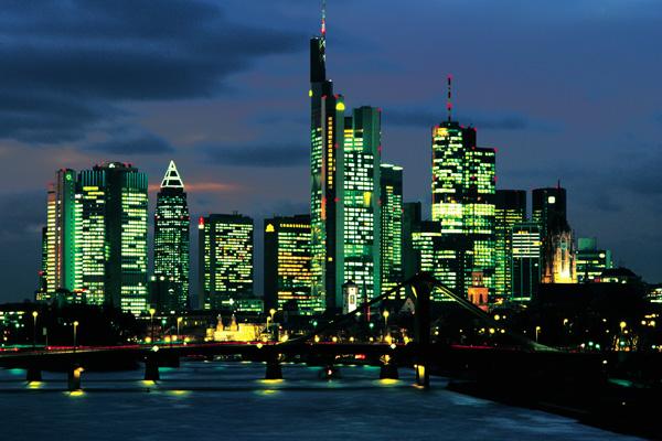 frankfurt_skyline_ramada_hotel_hofheim