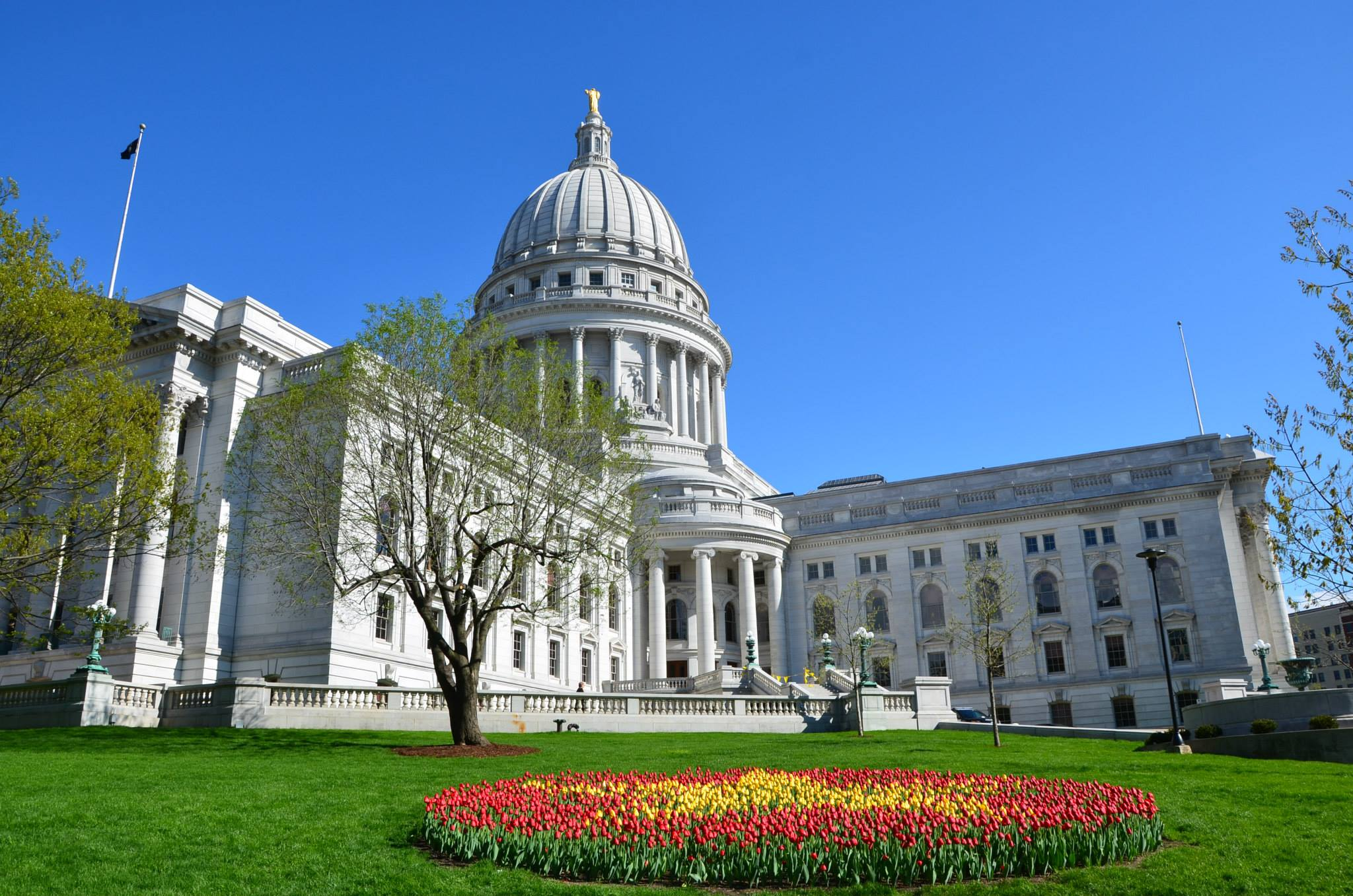 Wisconsin_State_Capitol